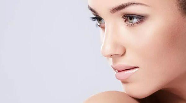 Los tratamientos de medicina estética facial son solo para personas mayores
