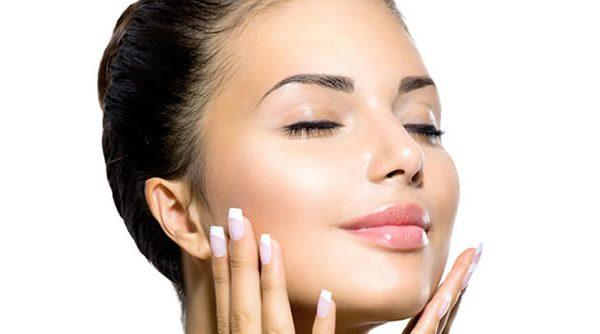 Tendencias en medicina estética no invasiva para un rostro luminoso