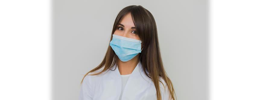 Cómo lidiar con el maskne, el acné por el uso de la mascarilla